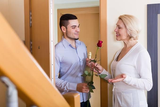 Cresce o número de mulheres que casam com homens mais jovens
